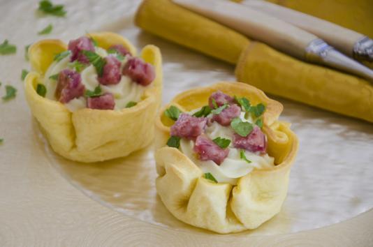 Cestini di pasta bris e al cotechino ricetta di pronto - Ricette monica bianchessi pronto in tavola ...
