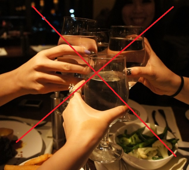 6 regole fondamentali del galateo a tavola pronto in tavola - Regole del galateo a tavola ...