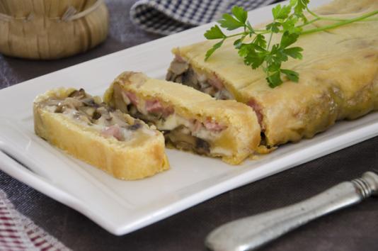 Strudel ai funghi ricetta di pronto in tavola - Ricette monica bianchessi pronto in tavola ...