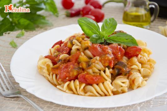 Fusilli al rag di melanzane ricetta di pronto in tavola - Ricette monica bianchessi pronto in tavola ...