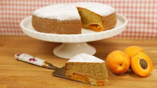 I dolci di alice torta soffice alle albicocche ricetta - Pronto in tavola alice ...