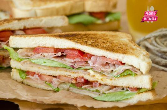 Clubhouse sandwich ricetta di pronto in tavola - Tgcom pronto in tavola ...