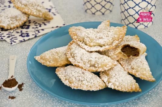 Calzoncelli dolci ai ceci ricetta di pronto in tavola - Ricette monica bianchessi pronto in tavola ...