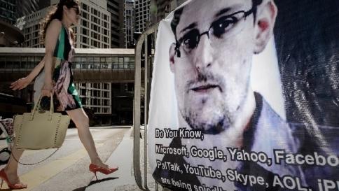 La talpa del Datagate Ed Snowdenlavorerà per il facebook russo