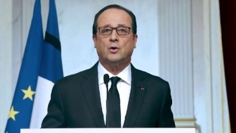 """Parigi, Hollande: """"Un atto antisemita terrificante, ci sono altre minacce"""""""