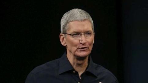 Apple dei record a Wall Street: società vale più di 700 miliardi di dollari