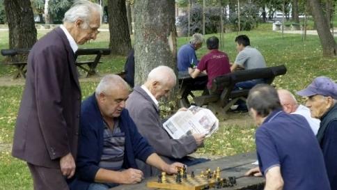 """Agli occhi anziani """"non sfugge nulla"""": la loro vista non filtra il superfluo"""