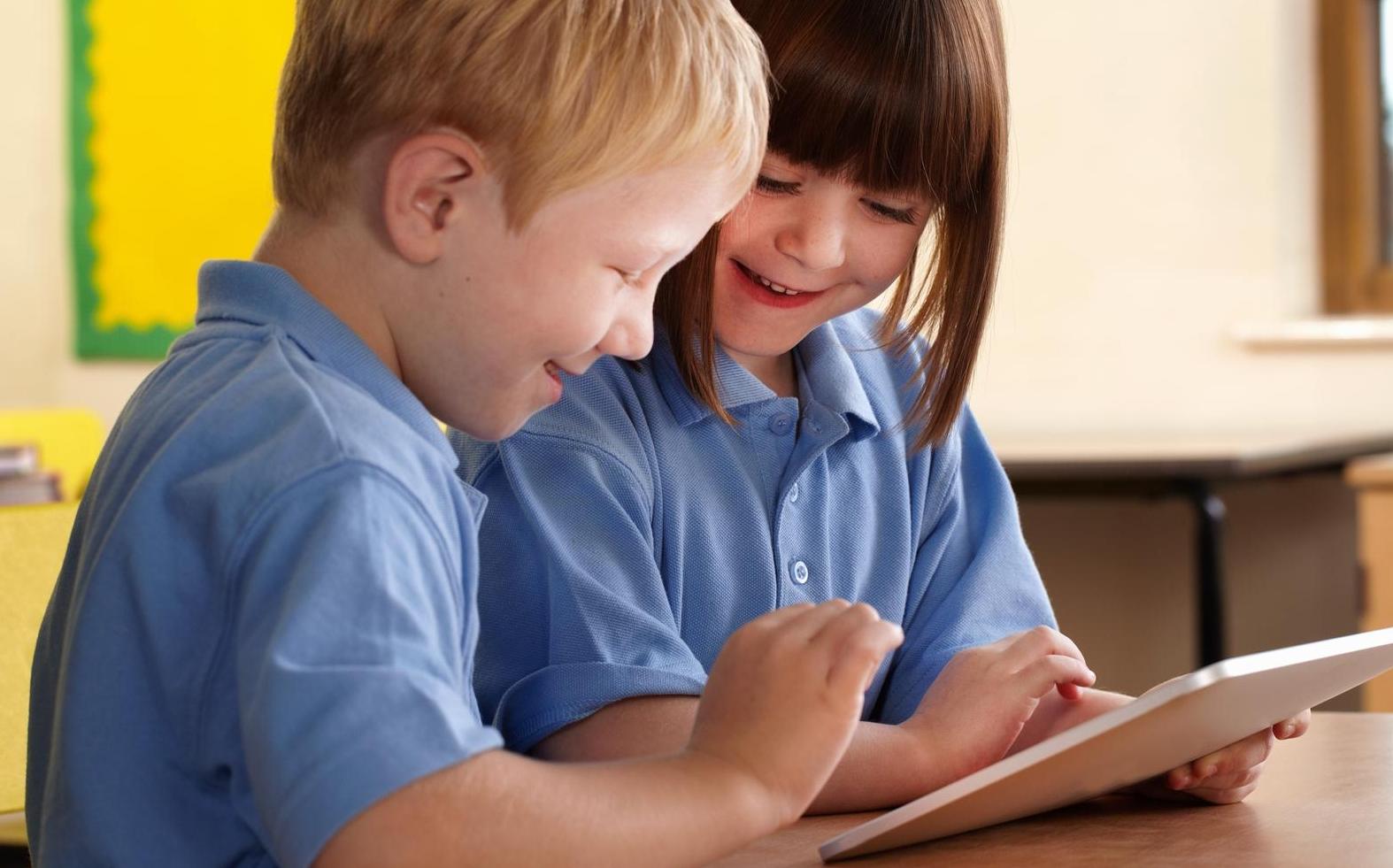 Touchscreen vietato ai bambini: può rallentare l'apprendimento