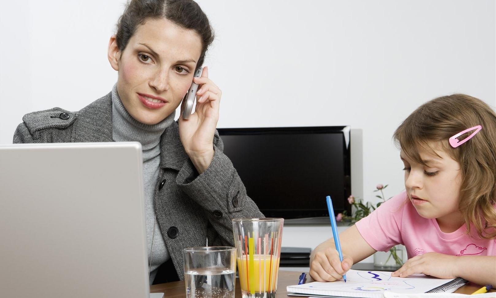 Le mamme lavoratrici sognano il telelavoro tgcom24 - Lavoro da casa salerno ...