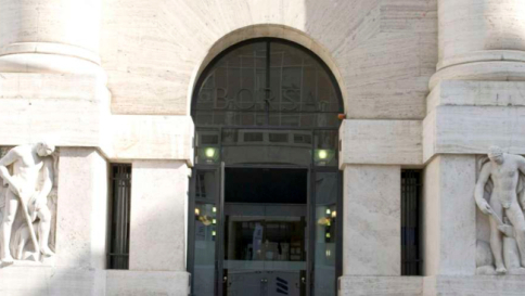 Borsa Milano in calo, banche pesanti, Mps non apre, Saipem volatile