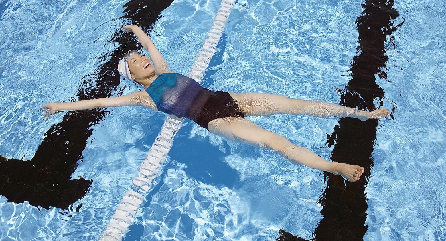 I cinque benefici del nuoto