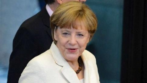"""Angela Merkel apre all'Ue: """"Sì a flessibilità di bilancio ma regole certe"""""""
