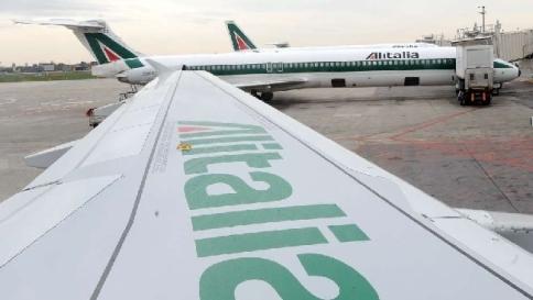 Alitalia, Lupi: piste aperte con gli emiri di Etihad e i russi di Aeroflot
