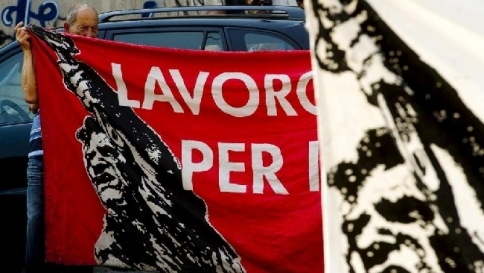 """Disoccupazione giù in Ue, non in Italia Padoan resta ottimista: """"Miglioriamo"""""""