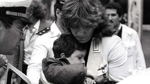 Stefano Tachè, il bimbo ebreo vittima del terrorismo ricordato da Mattarella