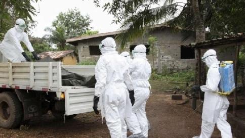 """Ebola, Oms: """"Oltre mille le vittime""""  Morto il missionario spagnolo"""