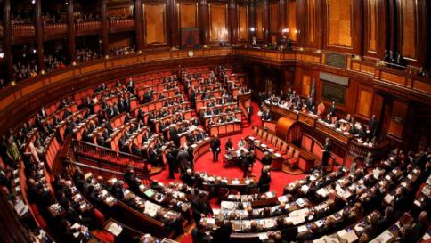 Al Senato respinta la sfiducia al ministro Boschi