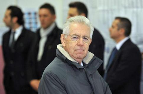 """Mario Monti abbandona Scelta Civica""""Mauro e Casini mi hanno sfiduciato"""""""