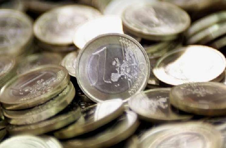 Pescara: politici ed economisti al convegno anti-euro