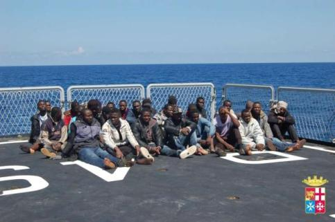 Immigrati, nuovo sbarco a Pozzallo: a bordo uomo morto di stenti$