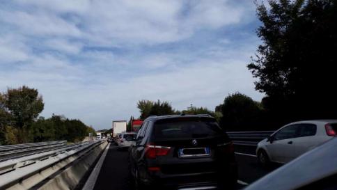 Rimini, mamma e figlio di 9 mesi morti in un incidente stradale