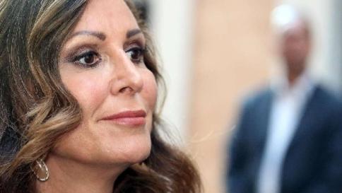 Protesta anti burqa non autorizzata alla santanch 4 for Parlamentari forza italia