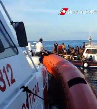 avvistati 236 emigranti