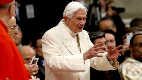Papi e Santi... C_4_articolo_2041265_upiImagepp