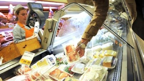 """Consumi al palo, Confcommercio: """"11 anni per tornare ai livelli pre crisi"""""""