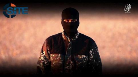Isis, nuovo boia sfida Londra: uccise 5 spie
