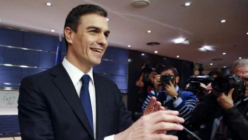 Spagna, Rajoy rinuncia a investitura e declina la proposta di Felipe VI