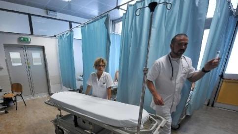 Disinfettanti d'oro alla Asl di Foggia: 7 denunce e 2 arresti per truffa