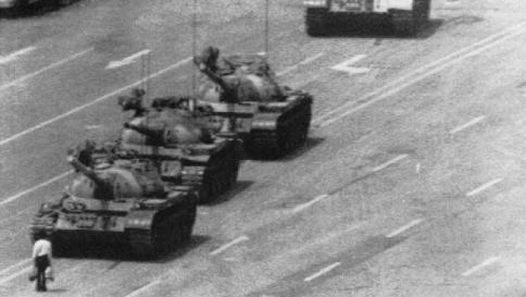 Cina, 25 anni fa Piazza Tienanmen