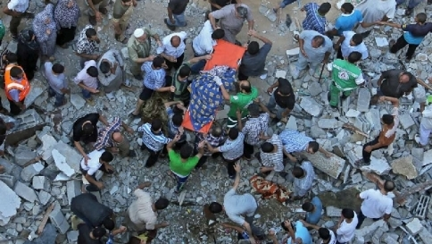 """L'Onu: """"Smettete di combattere"""" Sospesi i voli verso Israele"""