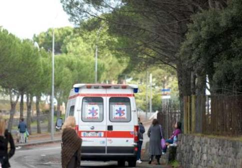 Reggio emilia bimba muore travolta in casa da una statua - Lavoro da casa reggio emilia ...