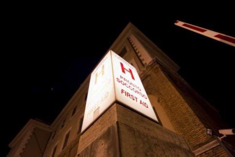 A14, incendio in galleria: intossicati chiusura nella notte e lunghe code