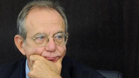 "Padoan al Parlamento: ""Spending indispensabile, ripresa dal 2015"""