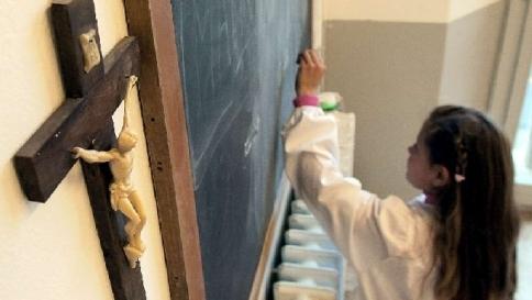 Indagine su iniziative gay nelle scuole La diocesi di Milano chiede scusa