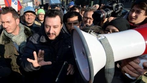 """Salvini shock: """"Milioni di musulmani pronti a sgozzare in nome dell'Islam"""""""