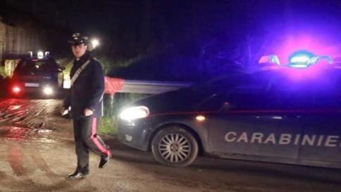 Pordenone, due cadaveri in auto Si pensa a un omicidio-suicidio