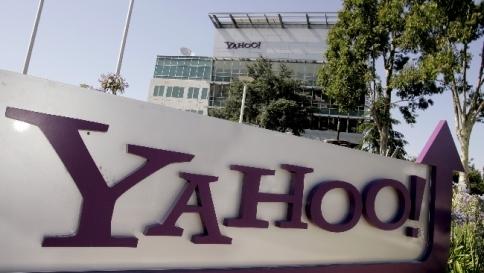 Auguri Di Buon Natale Yahoo.Yahoo Scommette Su Video Verso Programmi Tv Per Il Web Tgcom24
