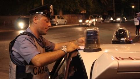 Roma, rapina in villa dopo la festa di nozze: in azione cinque banditi armati