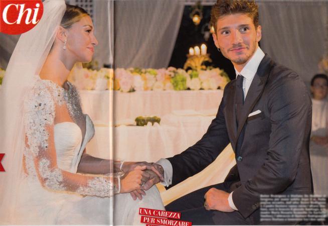 Anniversari Matrimonio Belen.Belen E Stefano De Martino Un Anno D Amore Tgcom24