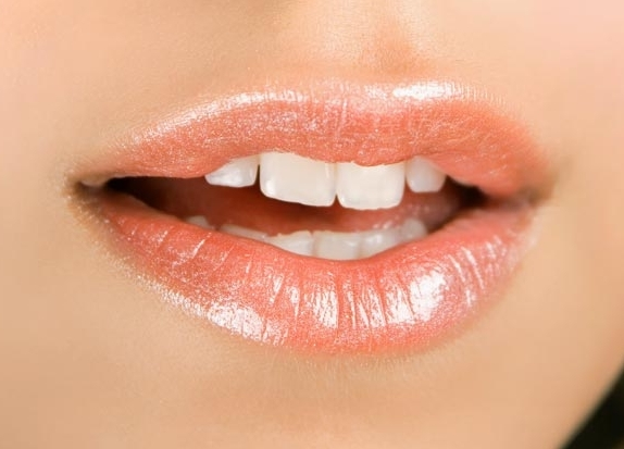 Labbra carnose: no al ritocchino!