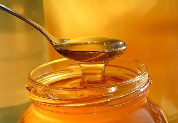 Miele: un cucchiaino al giorno toglie il medico di torno