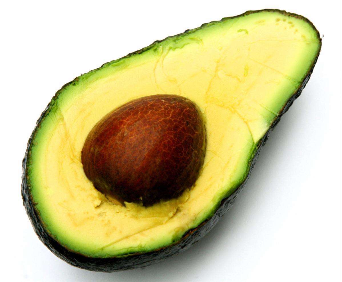 Olio di avocado contro i rilassamenti della pelle