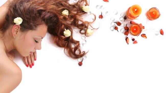 Maschera per i capelli spaccanti da olio doliva e miele