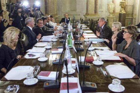 Decadenza di Berlusconi: voto palese Alfano: sopruso, ora battaglia in Aula