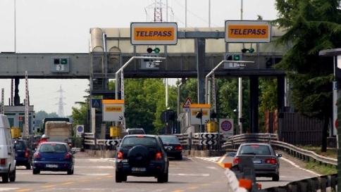 Brescia, scorie tossiche sotto la A4: trovato cromo 1.400 volte oltre i limiti