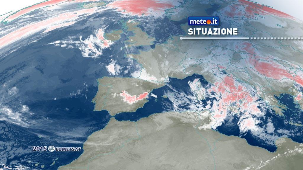 Meteo: rischio nubifragi al Centrosud, forti venti e neve in Appennino